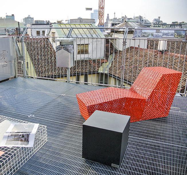 Mininno è stata chiamata a realizzare delle chaise longue di design, progettate da architetti di grade esperienza